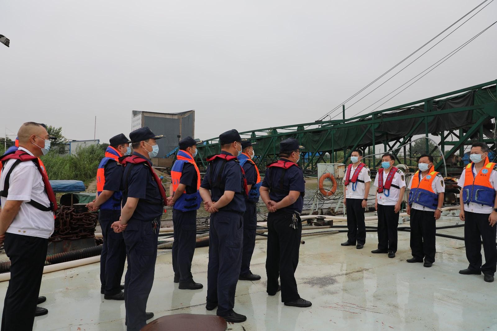 芜湖局强化汛期交界水域联合搜救